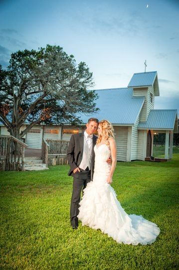 Twisted Ranch Weddings Inc.
