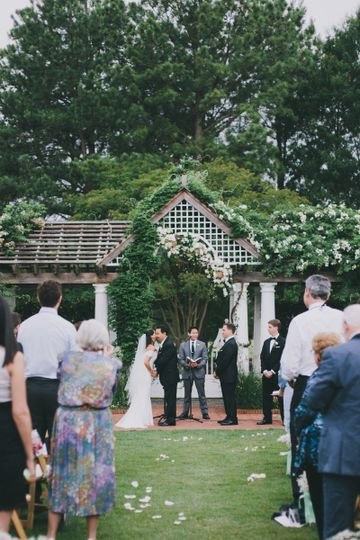 Wedding ceremony at the gardens