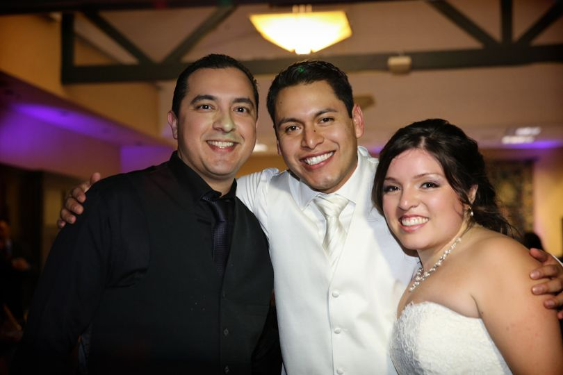 DJ Entertainer Alex w happy couple Han & Yliana! Congrats to you both! Reception @ Pasadena.