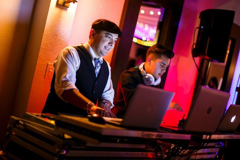 DJ Alex in da mix!