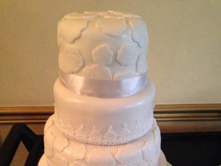 Tmx 1436101425133 1526326101530216127417485228671000836486619n Palm Harbor, Florida wedding cake