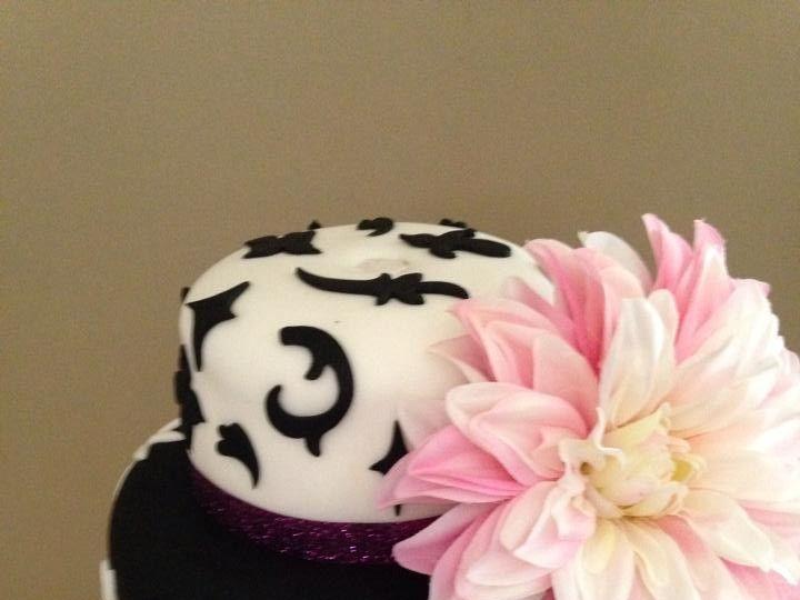 Tmx 1436101495295 11118053101529740139517487619541397432247660n Palm Harbor, Florida wedding cake