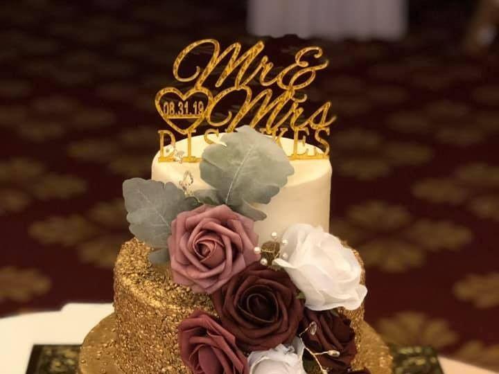 Tmx Gold Cake 51 377920 157624848514398 Palm Harbor, Florida wedding cake
