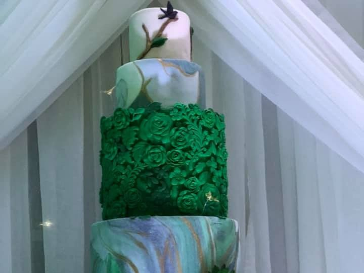 Tmx Magestic Green Cake2 51 377920 157624848758643 Palm Harbor, Florida wedding cake