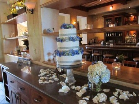 3-tier french country rustic wedding cake