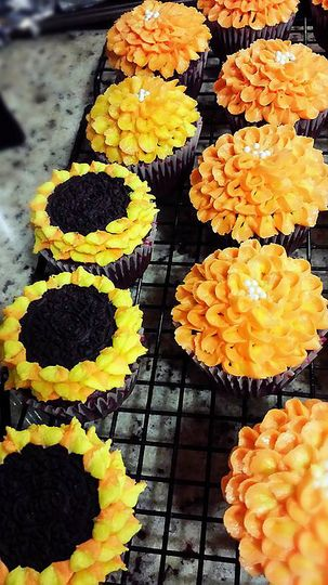 Sunflower and mum cupcakes, chocolate cake with buttercream