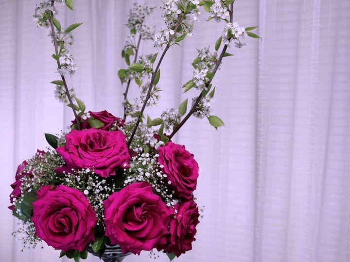 Tmx 1522716070 Daadba3412cdd5ad 1522716068 1d4354b6f03ad957 1522716065360 1 7C66DD83 A992 47DE Kent, Washington wedding florist