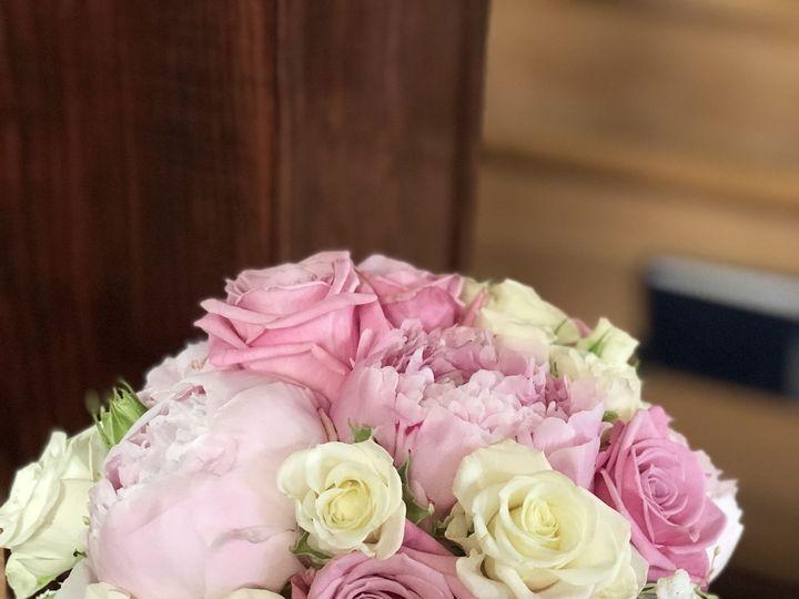 Tmx 1529887740 940a8c72e6f866ee 1529887738 Bae78a80d4e8f7b7 1529887735974 1 98C473FD 5FEC 4D98 Kent, Washington wedding florist
