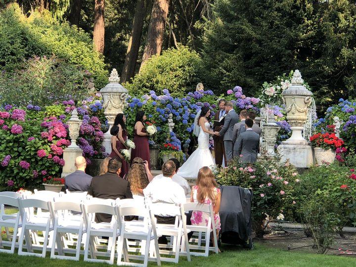 Tmx 1533920914 0ca858b95eab3de8 1533920911 60e13a99f26002f7 1533920904953 8 E98F3DC3 FF52 455F Kent, Washington wedding florist