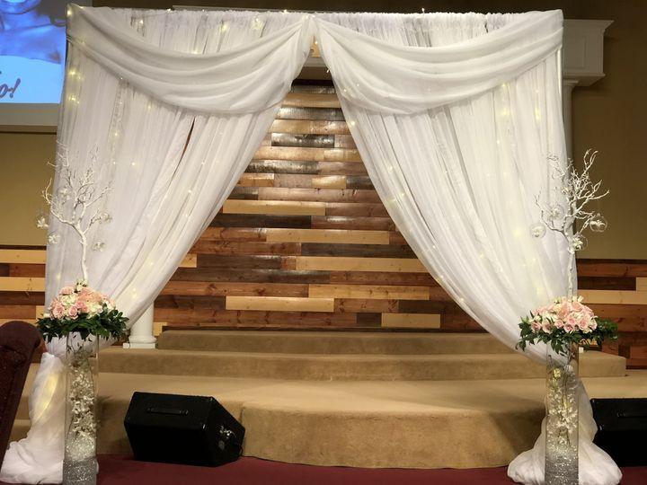 Tmx 1534124137 F20939fb14adf9f2 1534124133 0008acab38304148 1534124119843 1 F09D5364 5C00 4635 Kent, Washington wedding florist
