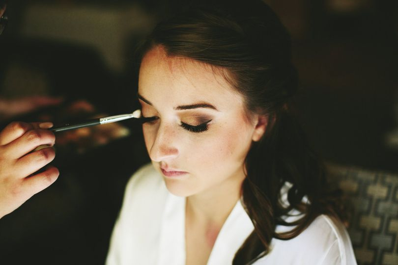 Smokey eye with liner and lashes | Photo credit: Natalie E Photography