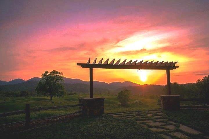 6084d7de3a23f0f4 1455986519369 sunset terrace