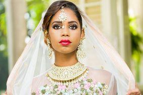 In Your Face Beauty Bar | Jamaican Makeup Artist