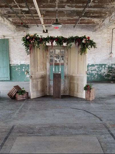 Rustic ceremony doors- Ford Pi