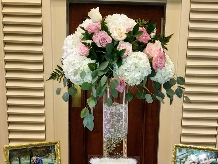 Tmx Tall Pink And White 2 51 81130 157904203482486 Fraser, MI wedding florist