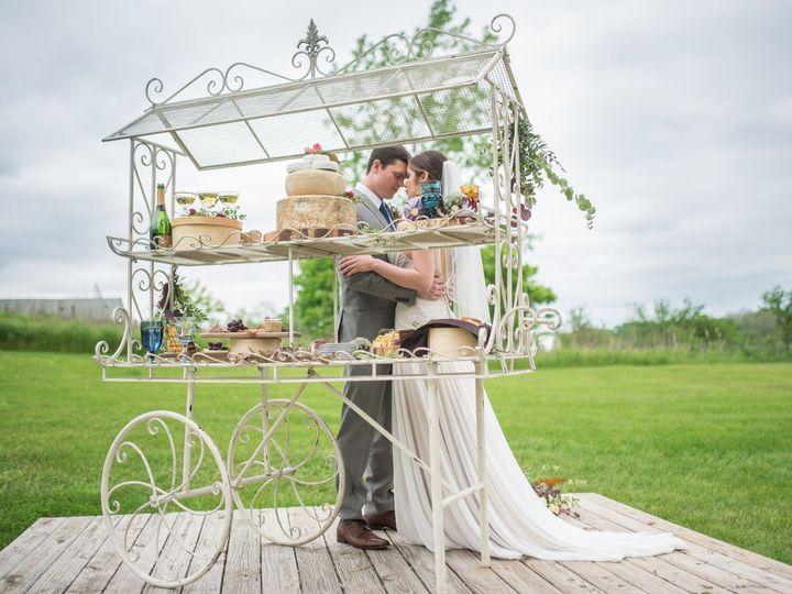 Tmx Emmalinecart2 51 482130 157819619569046 Indianapolis, IN wedding rental