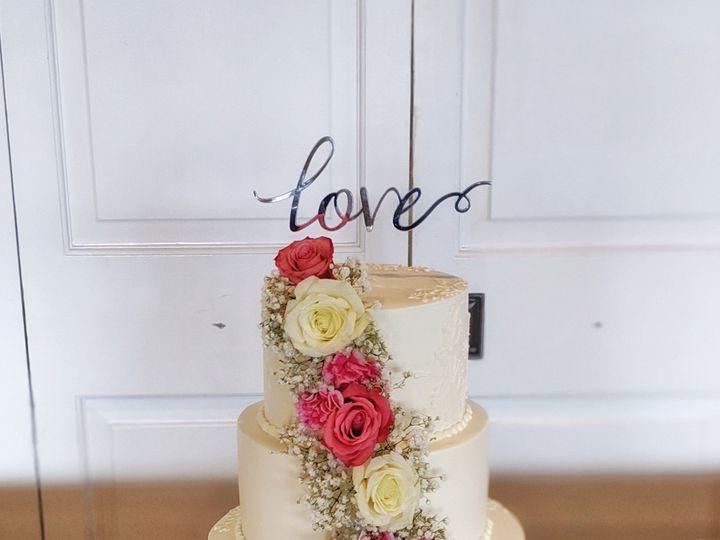 Tmx 00100lportrait 00100 Burst20191005154149268 Cover 01 51 1003130 1573055978 Tampa, FL wedding cake