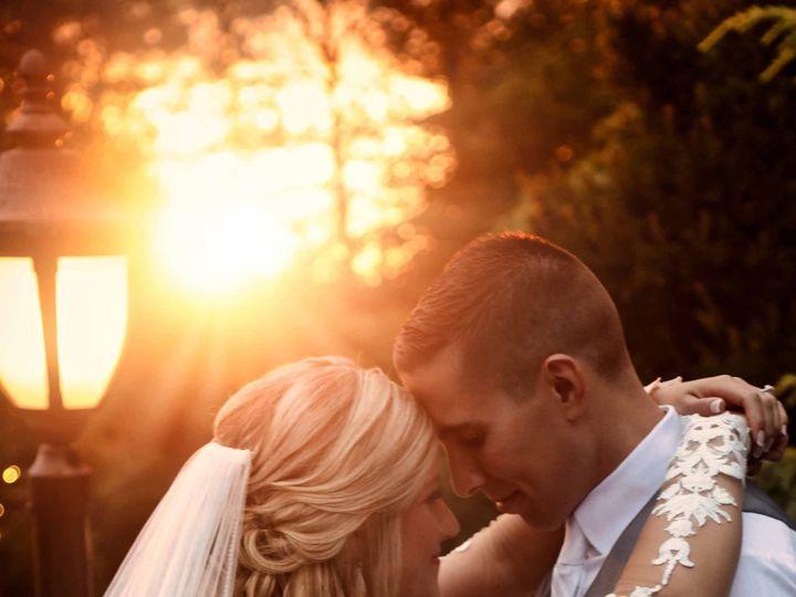 Tmx 21 Bride Groom Wedding Sun Flare Dramatic 51 3130 158989740256434 Garden City, NY wedding photography