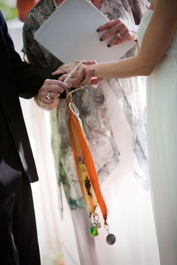 A Personalized, Modern Twist of Handfasting