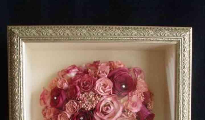 Orchids In Bloom - Floral Preservation & Keepsakes