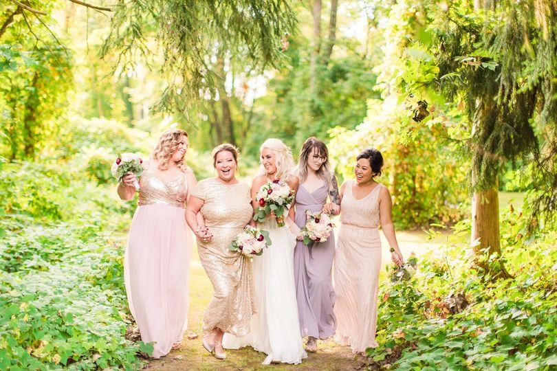weddings 24 51 926230 1558553730
