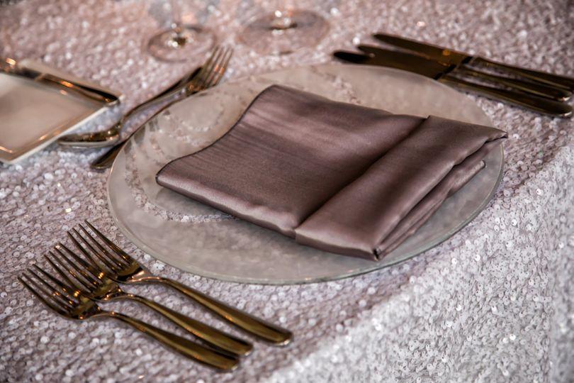 Plate arrangement