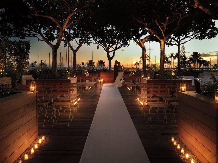 The modern honolulu venue honolulu hi weddingwire 800x800 1373567564607 tmh pool bar wedding junglespirit Images