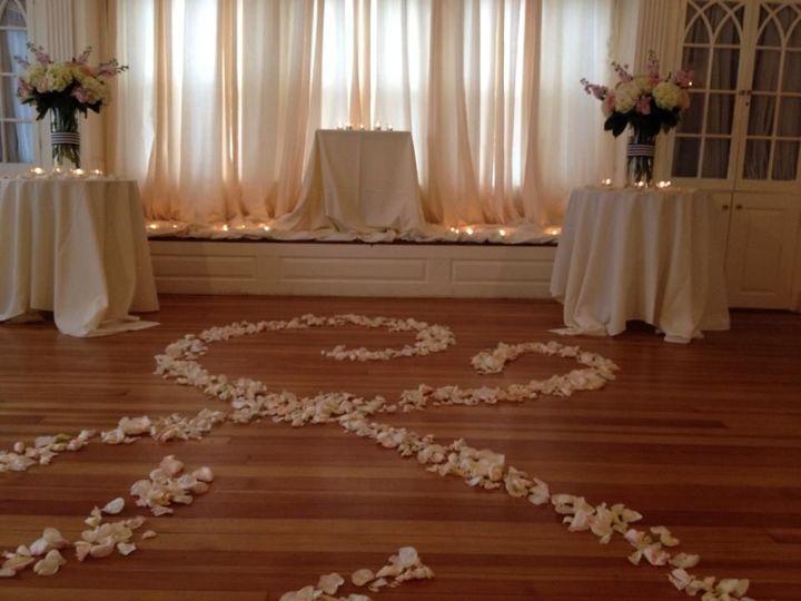Tmx 1520011424 098659c64b9d6e6a 1520011422 114f4914fec742ad 1520011420933 2 10302423 780125428 Ogunquit, Maine wedding florist