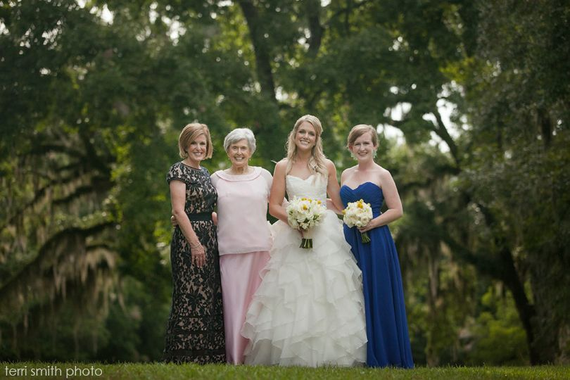 Newlyweds and the ladies in her life