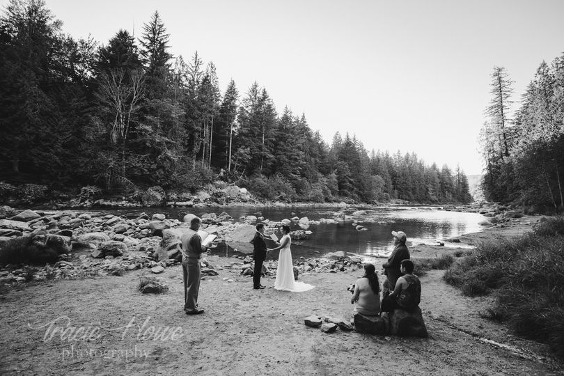 Snoqualmie Falls elopement ceremony