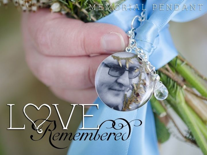 Looking for a subtle, yet beautiful way to remember a loved one at your wedding? We created this...