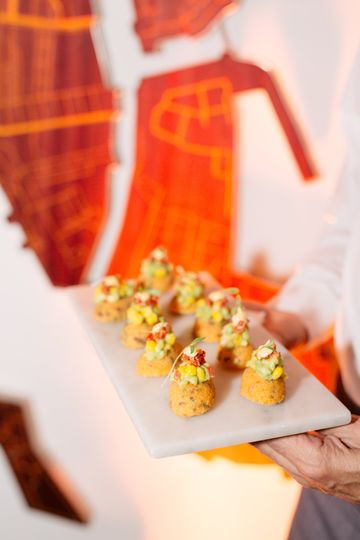 Delicious hors d'oeuvres - LRE Catering