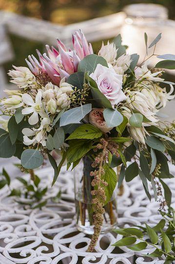 Sample flower centerpiece
