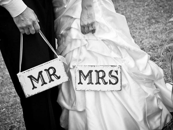 Tmx 1535060559 8559a84cf01ca374 1535060558 908dfe11d35b9521 1535060545020 2 Angeladollphotogra Tonawanda, NY wedding photography