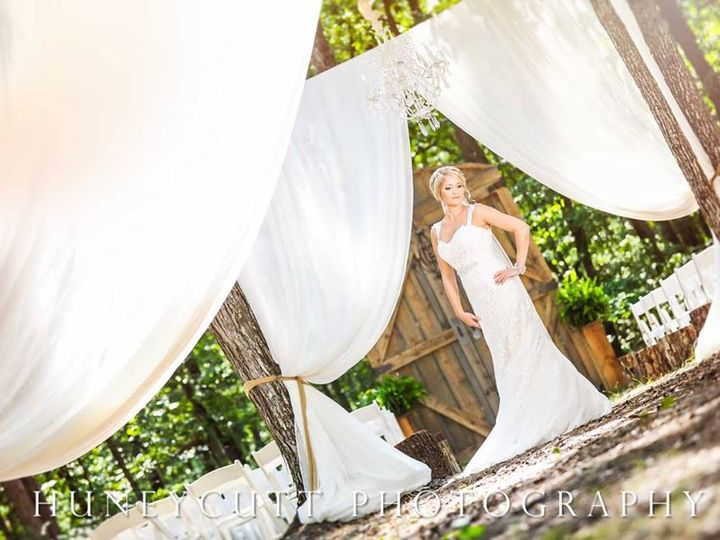 Tmx Ilbella115 51 664430 V1 Albemarle, NC wedding venue