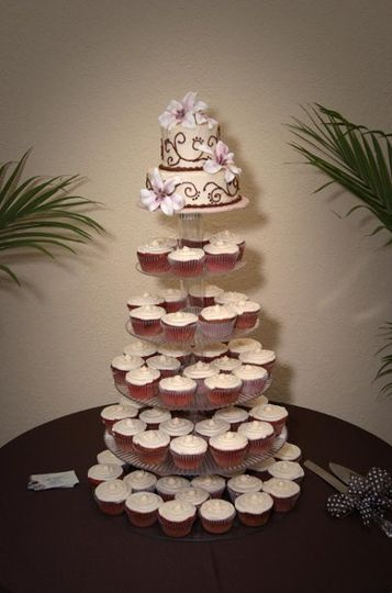 Cupcakes are an easy mess free way to serve cake! Red velvet cupcakes with buttercream icing and...