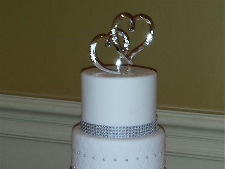 Tmx 1517311305 Ccb0ad673c090d4e 1517311304 3455701c35f5cd4a 1517311304563 8 Blue And White Wed Tampa, FL wedding cake