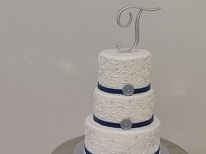 Tmx 1530011722 9a41c6f8d5349833 1530011719 E594380d81e85f65 1530011708752 4 M Collado Tampa, FL wedding cake