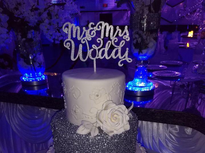 Tmx 1532313169 A13b21ee23f28cab 1532313167 6ffb60b5b3998172 1532313163342 1 Woddi Tampa, FL wedding cake
