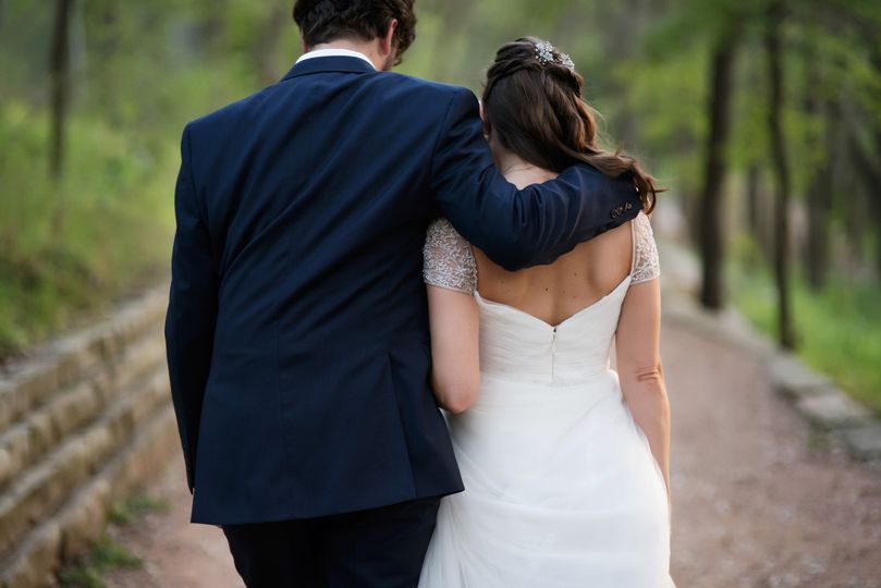 Umlauf Sculpture Garden wedding in Spring