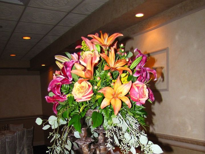 Tmx 1343853420738 Copyofdevincenzo101010034 Stony Brook, New York wedding florist