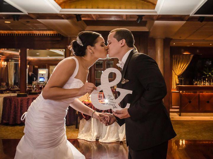Tmx 1445804295914 1209507716407197028528467197448618989376754o Hicksville, NY wedding photography