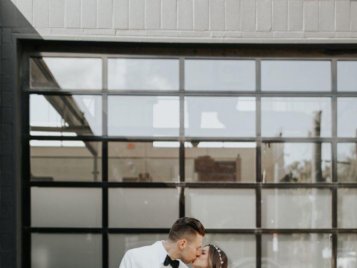 Tmx 1528838176 Dac95e68e35751bb 1528838172 698f2117803df227 1528838164368 2 MelissaMarshall5 3 Portland, OR wedding planner
