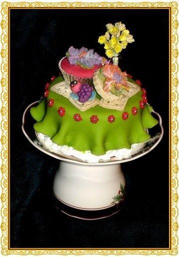 teacup cake 3 border use