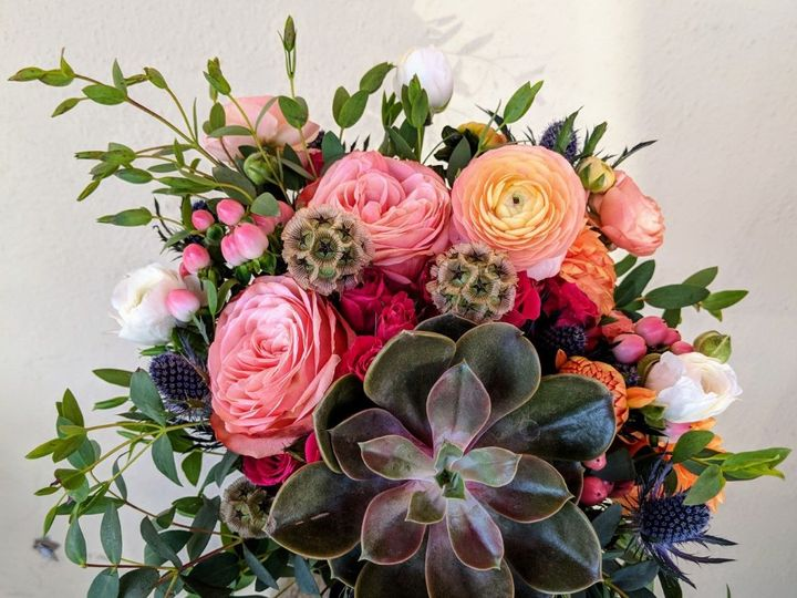 Tmx 1538518981 B9e484d47819198f 1538518980 Ab52f3e7d3bd0932 1538518976367 4 Succlant Bridesmai Tillamook wedding florist