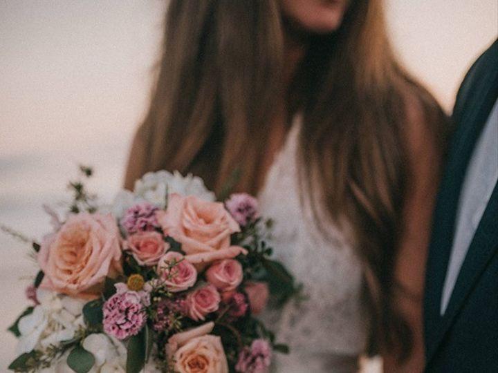 Tmx Beach Cascade Bouquet 2 51 150630 157870386417303 Tillamook wedding florist