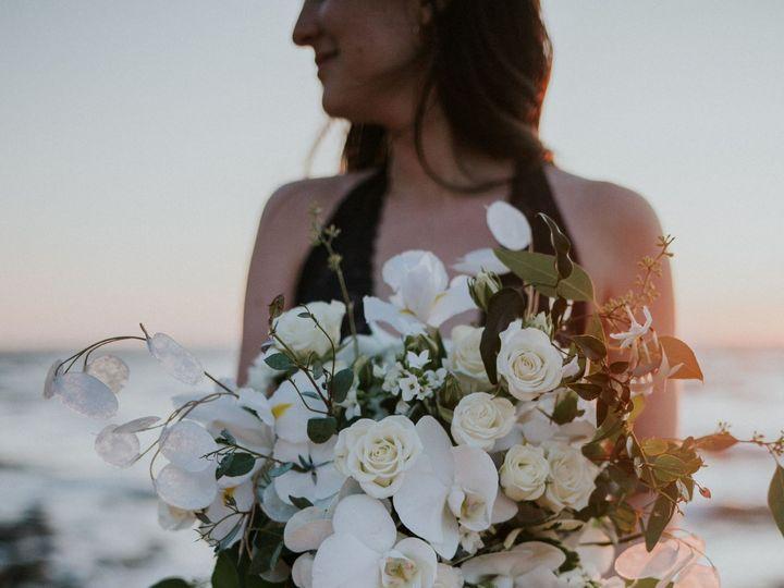 Tmx Beachy White Cascading Bridal Bouquet Copy 51 150630 157870389472150 Tillamook wedding florist