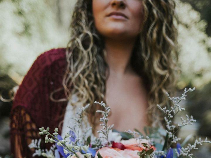 Tmx Closeupbridalbouquet 51 150630 1562173982 Tillamook wedding florist