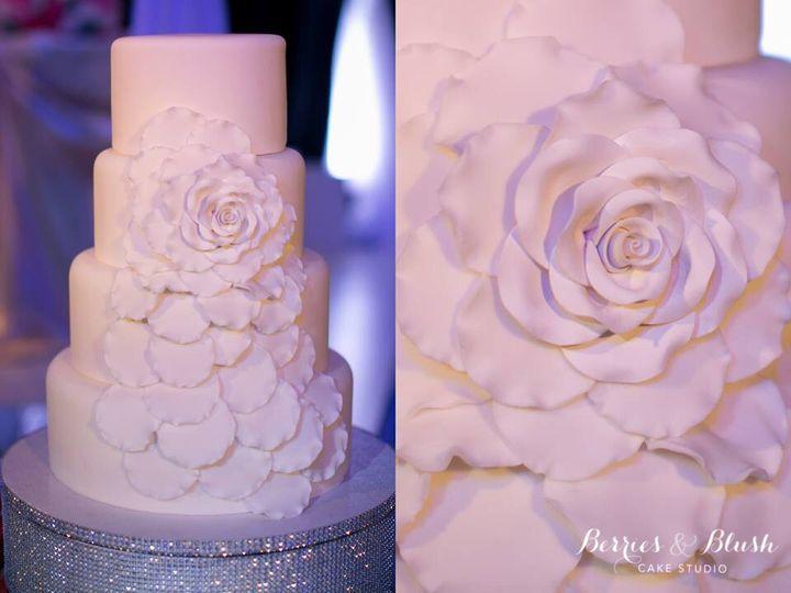 Tmx 1460424816764 2016 01 11 23.28.19 Corona Del Mar wedding cake