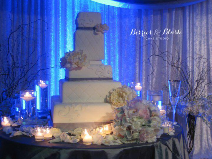 Tmx 1460424845907 2016 01 14 01.37.42 Corona Del Mar wedding cake